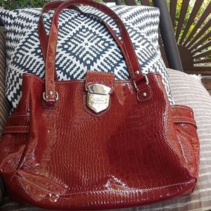 (Liz Claiborne) red shiny purse